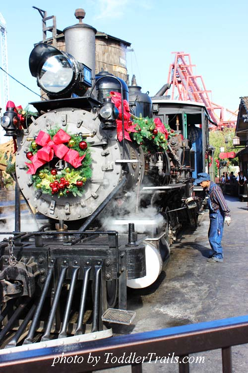 Merry Farm, Christmas Engine 41, Knotts Berry Farm