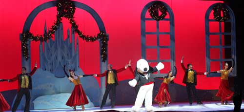 Merry Christmas Snoopy, Snoopy On Ice, Knott's Merry Farm