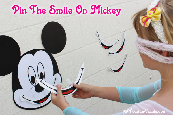 Disneyside Party games, Pin the smile on Mickey