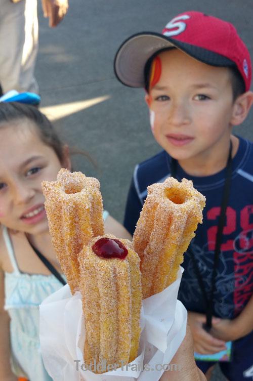 Knott's Berry Farm, Knotts Boysenberry Churros, Boysenberry Festival, stuffed churros