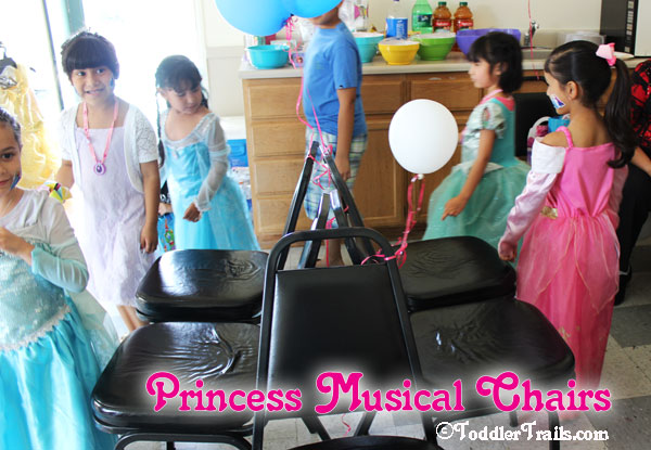 Disney Princess Party, Musical Chairs