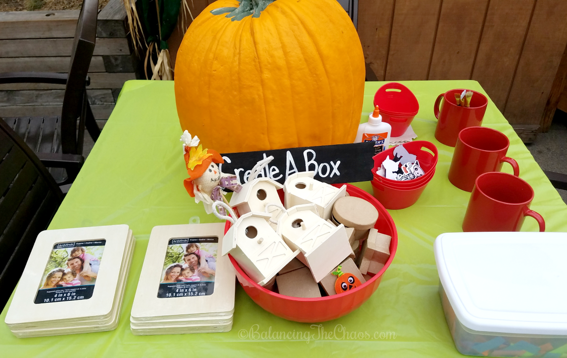 Crafting and Fun at Knotts Spooky Farm