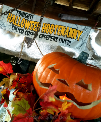 Halloween Hootenanny at the Timber Mountain Log Ride