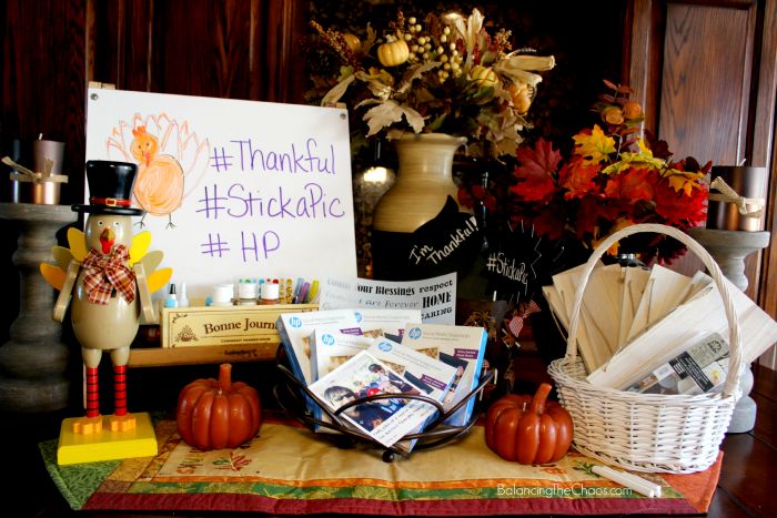 HP StickaPic Thankful Party