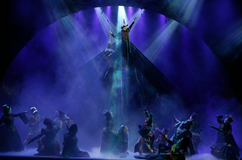 WICKED_The_Broadway_musical