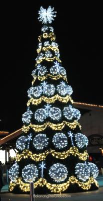 Winter Fest OC Christmas Tree