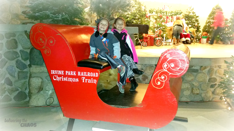 Kids at Irvine Park Railroad Christmas Train