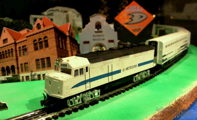 Muzeo Holiday Model Trains
