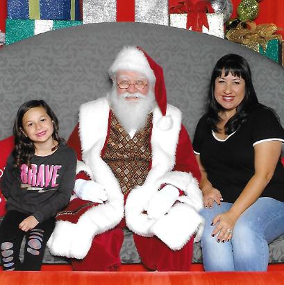 Photos with Santa at Noerr Santa Photo Experience