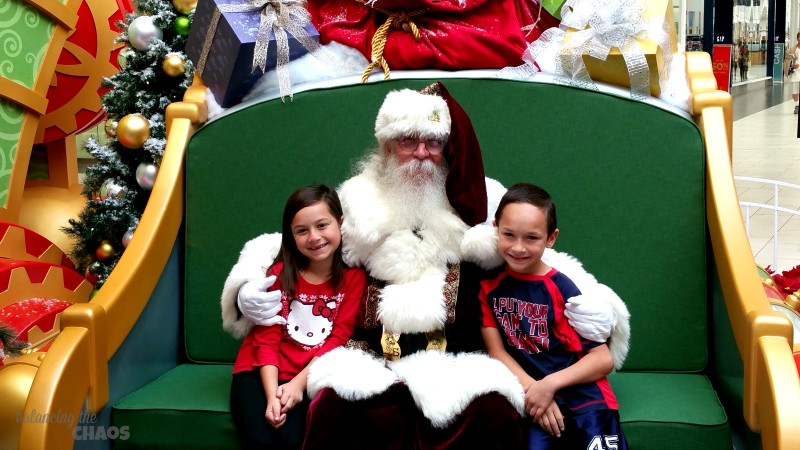 Santa and Kids at HGTV Santa HQ