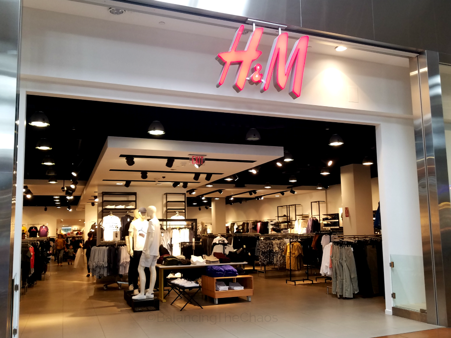 H and M at Ontario Mills Mall