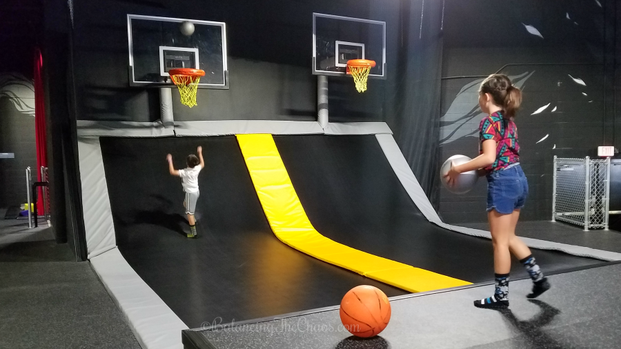 Basketball and air dunk at circustrix