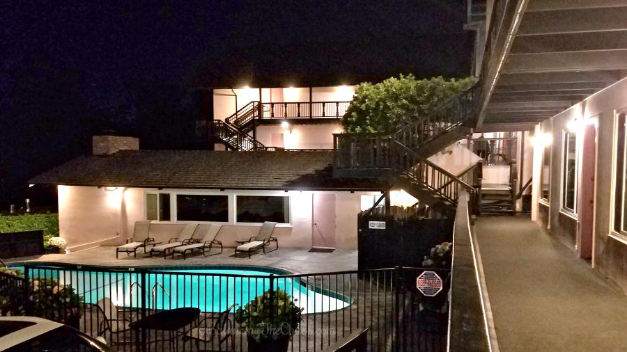 Hofsas House Heated Pool