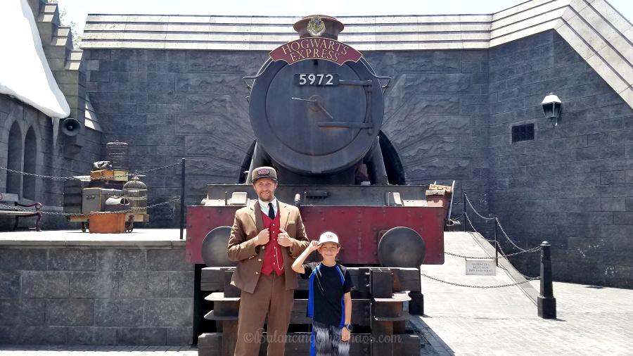 https://balancingthechaos.com/wp-content/uploads/2018/07/Hogwarts-Express-at-Wizarding-World-of-Harry-Potter-Universal-Studios-Hollywood