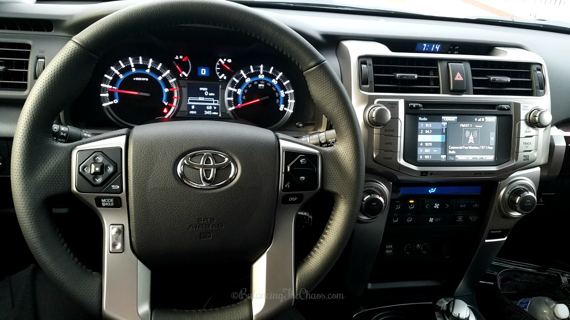 Interior Dashboard Toyota 4Runner