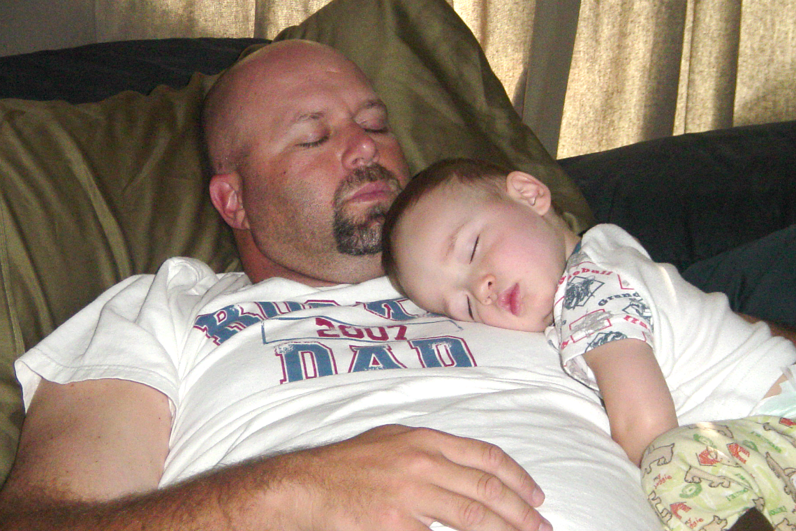 Sleeping with dad sleep like a kid