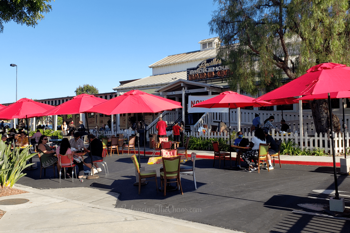 Lucilles Smokehouse BBQ Dining outdoors